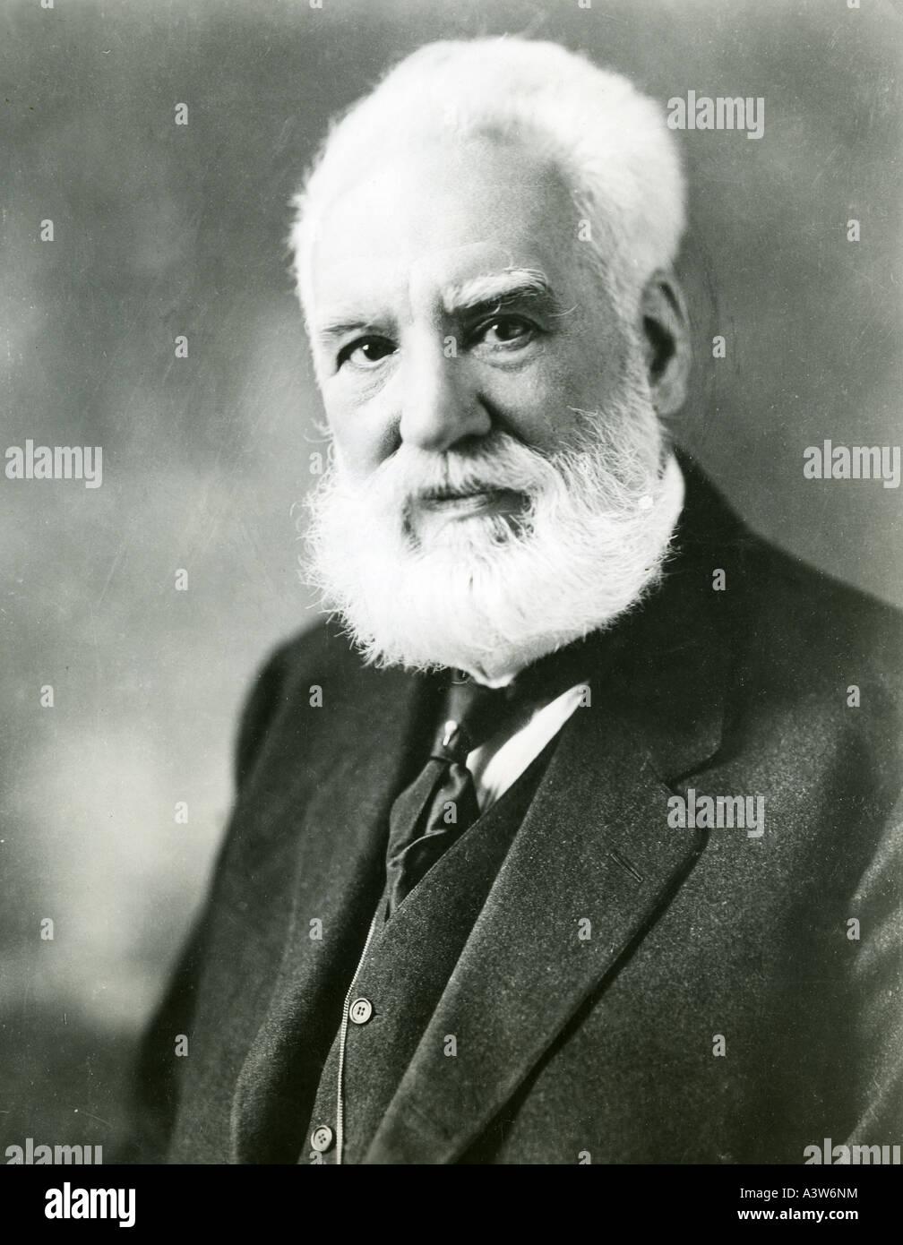 ALEXANDER GRAHAM BELL né écossais scientifique américain qui a fait breveter le téléphone Banque D'Images
