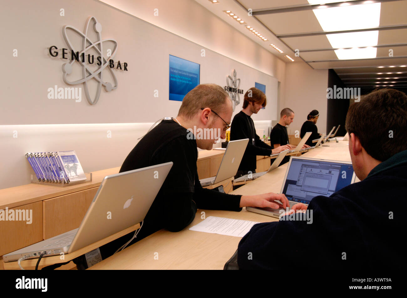 appointment with genius bar uk