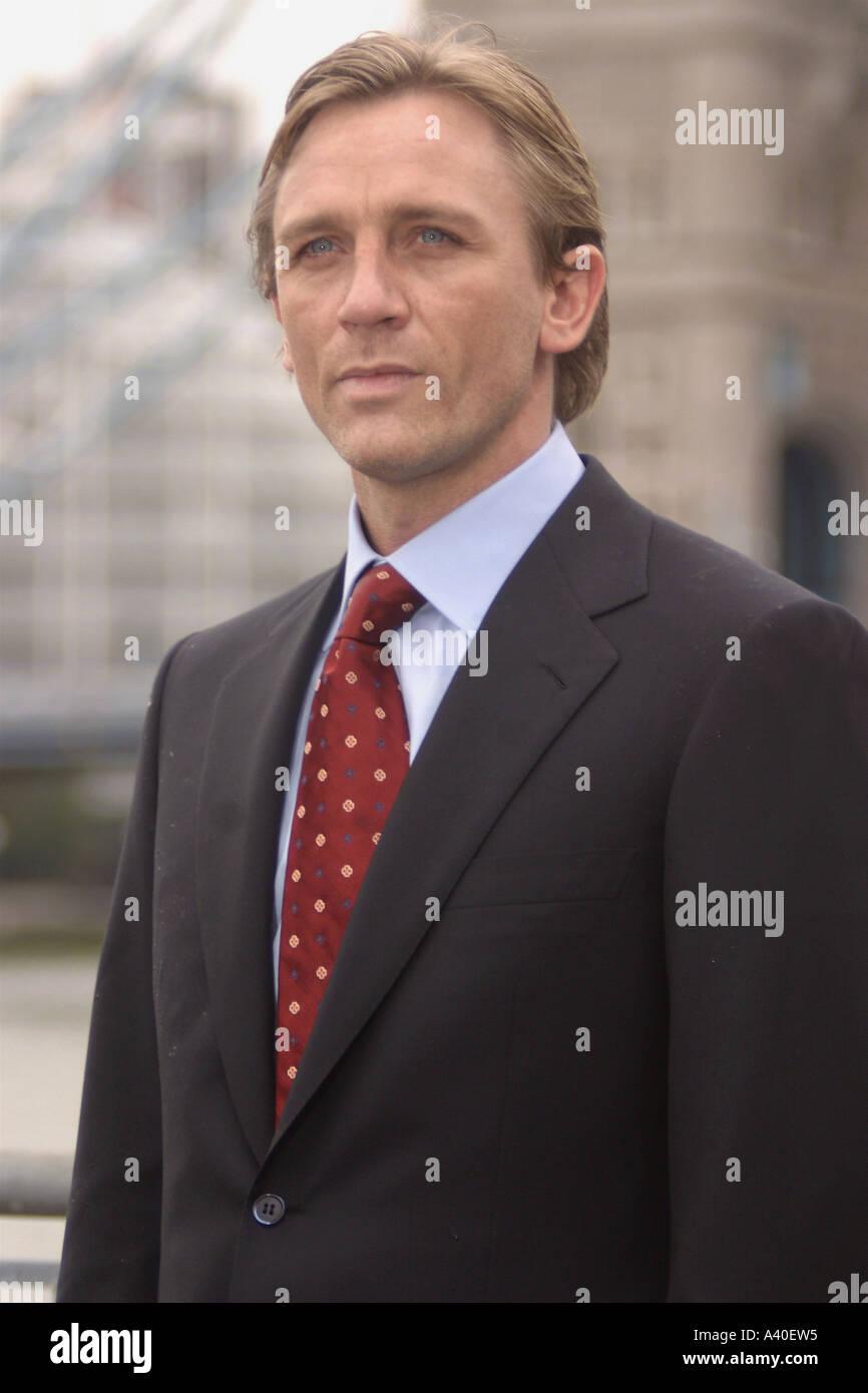 L'acteur britannique DANIEL CRAIG pour jouer James Bond Photo Stock