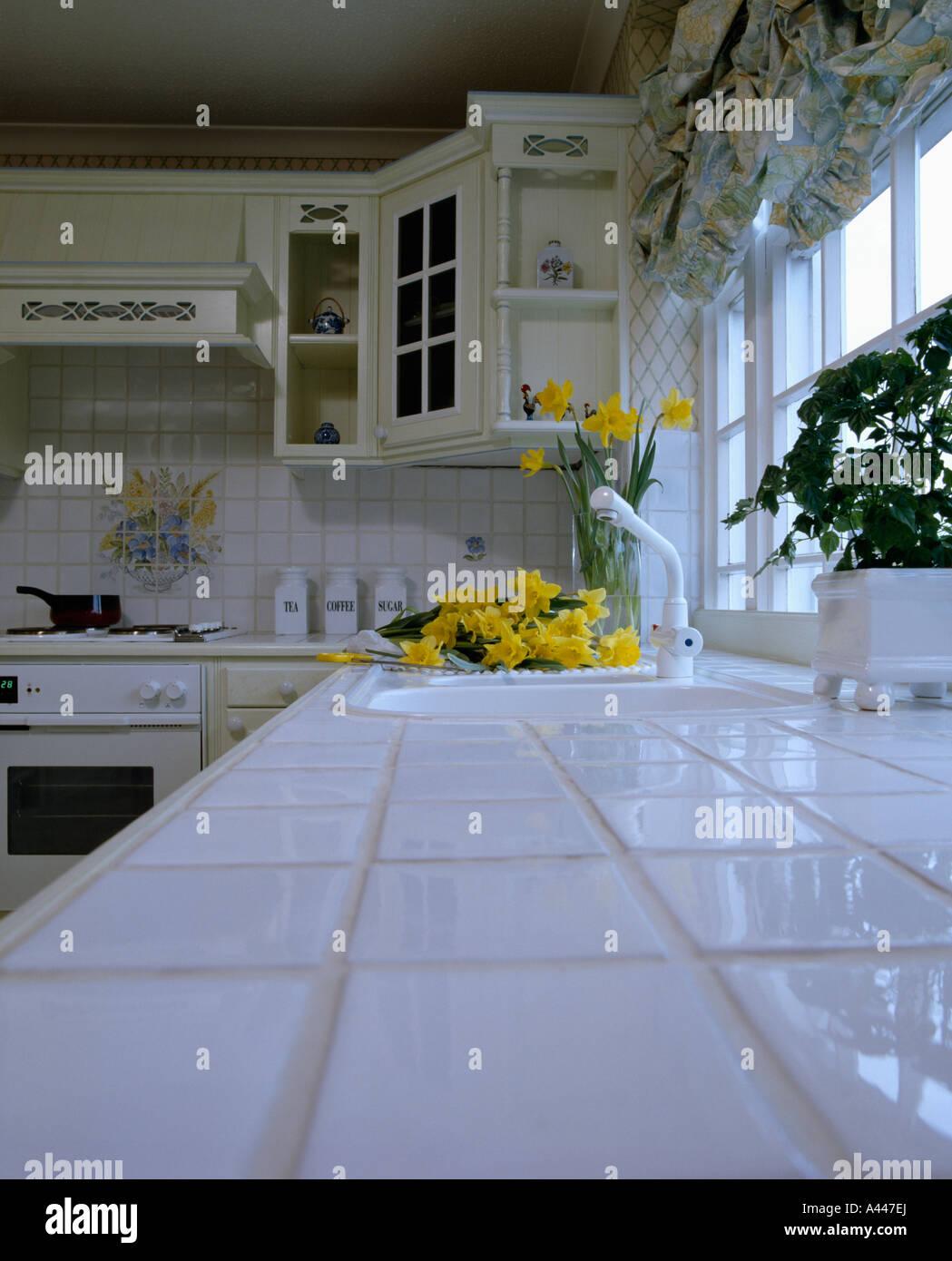 Plan De Travail En Carrelage plan de travail en carrelage blanc 80 blanc cuisine banque d