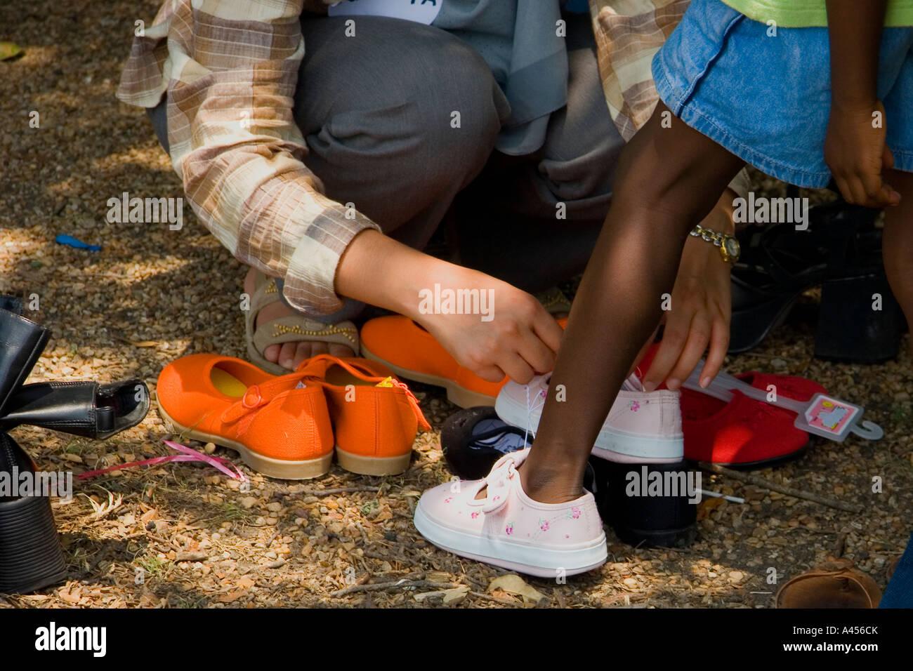 S'inscrit Féminine L'unicef ChaussuresDallas Volontaire Nigérienne rQCBWdxoe