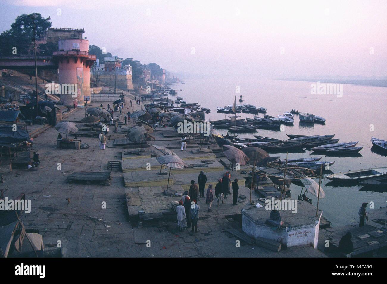 Coucher de Varanasi, Gange, Inde Banque D'Images