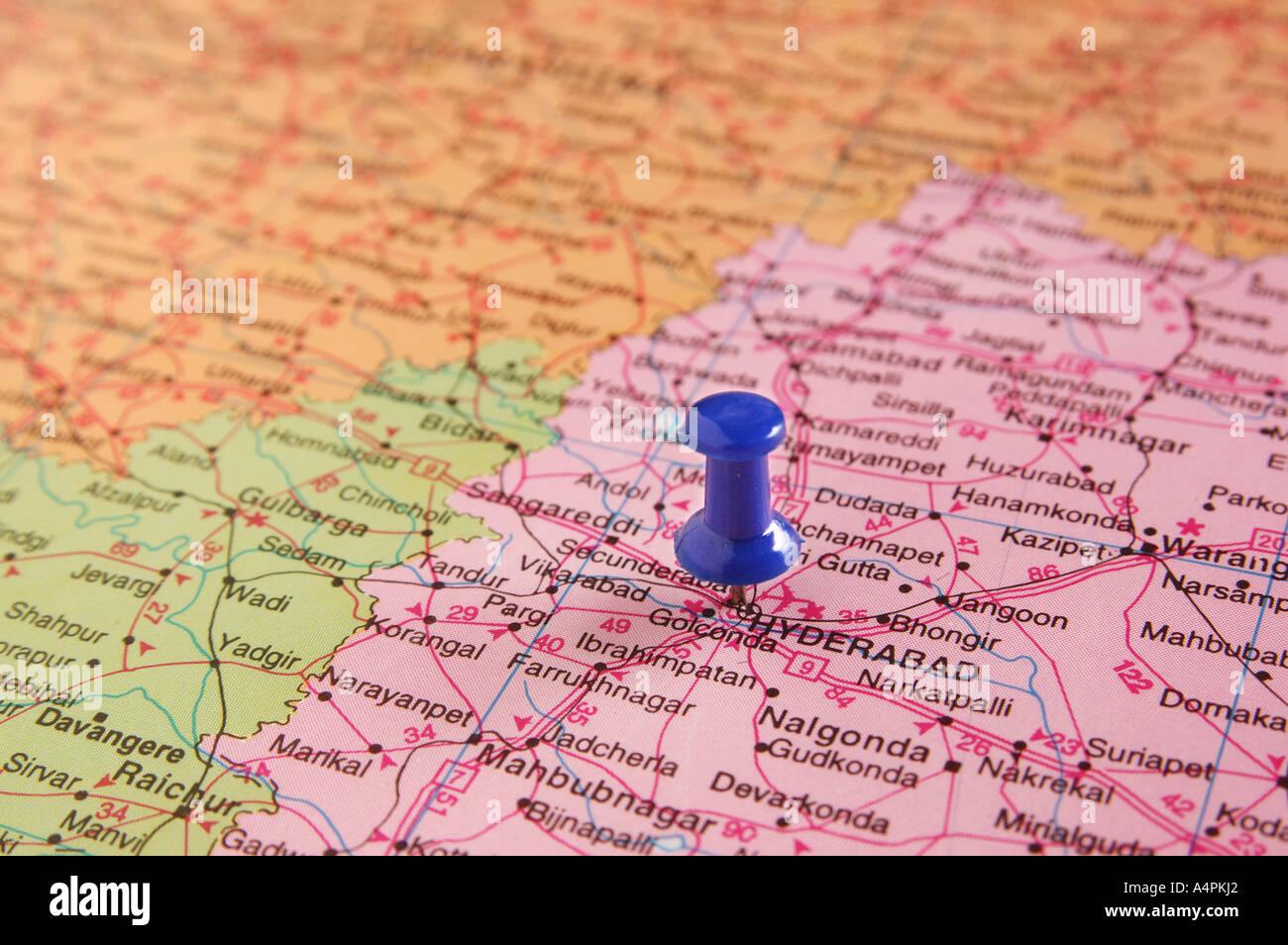 ANG77814 Carte de l'Inde repéré Hydrabad capitale de l'Andhra Pradesh par broche Conseil couleur bleu Photo Stock