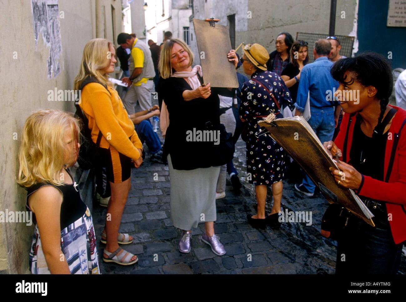 Les artistes français, artistes, dessin, dessin, caricature, portrait, quartier de Montmartre, Paris, Ile-de-France, Banque D'Images