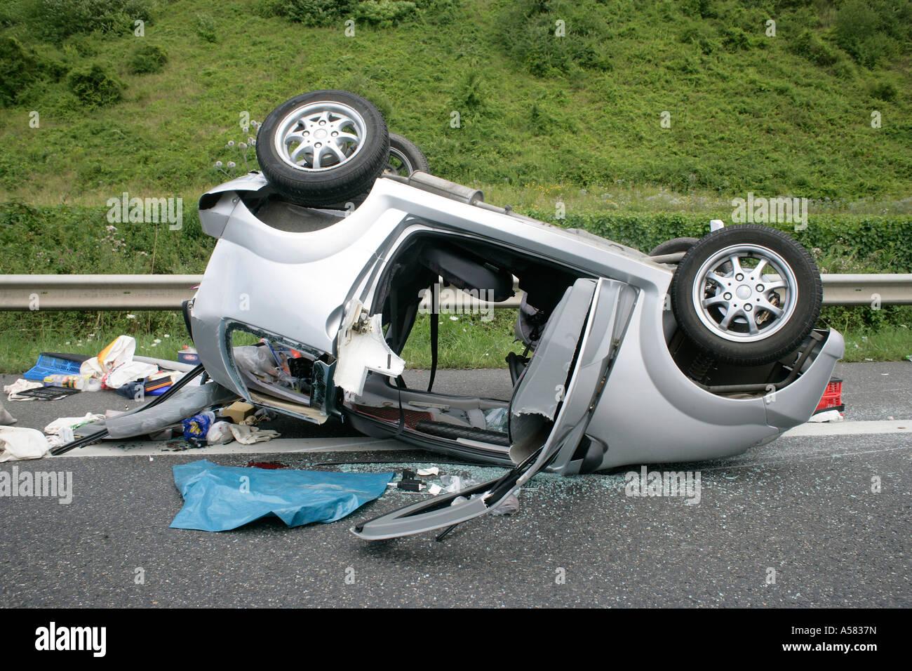 accident avec une voiture l g re ligier banque d 39 images photo stock 11227976 alamy. Black Bedroom Furniture Sets. Home Design Ideas