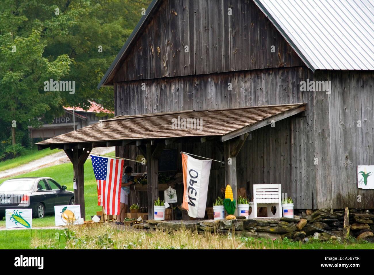 Country Store Marché fermier en bordure de la Nouvelle Angleterre rurale est des États-Unis Banque D'Images