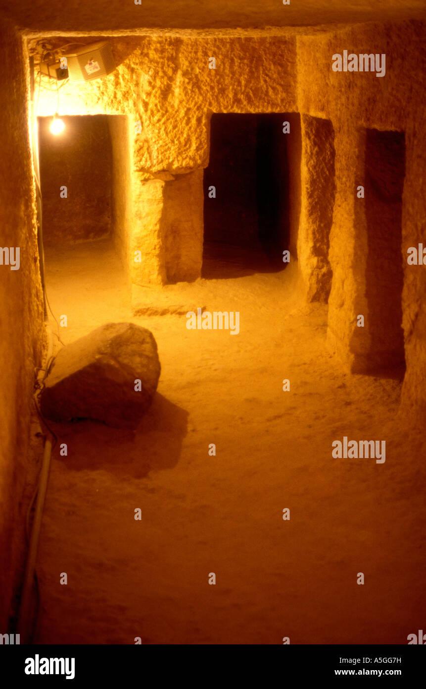 Chambre fun raire souterraine l 39 int rieur de la pyramide for Interieur pyramide