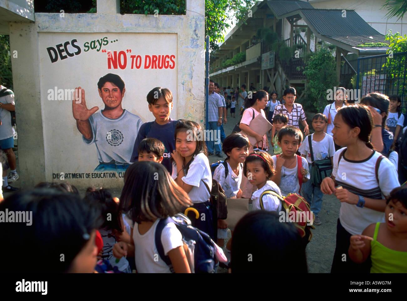 Painet hl0225 school kids enfants oro cagayon mindinao philippines l'adolescence éducation à la lutte Photo Stock