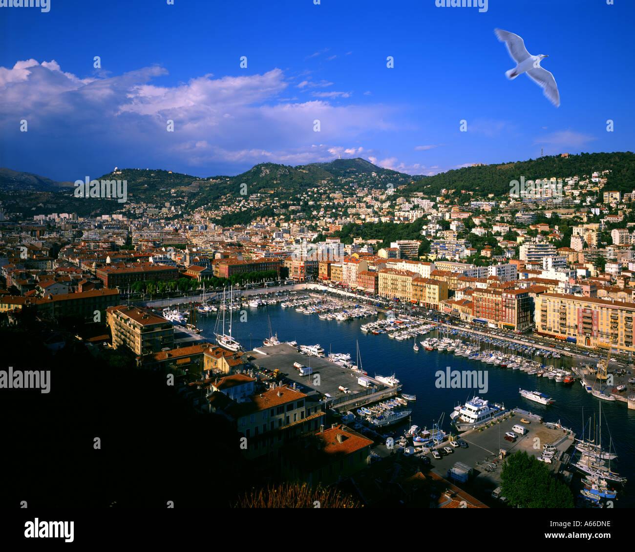 FR - CÔTE D'AZUR: Nice Ville et le port Photo Stock