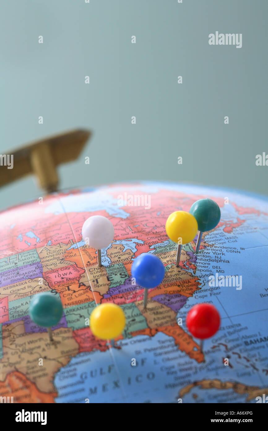Globe avec broches Photo Stock
