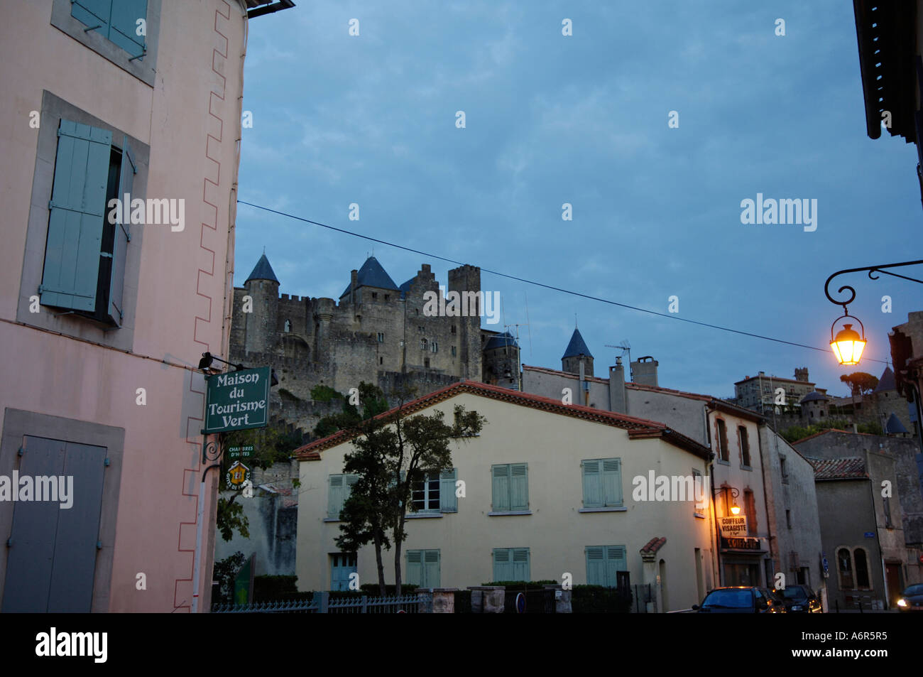 Carcassonne, medievial forteresse, ambiance du soir Photo Stock