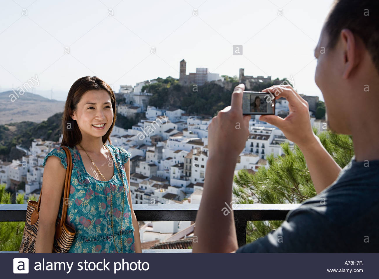 Couple taking pictures Photo Stock