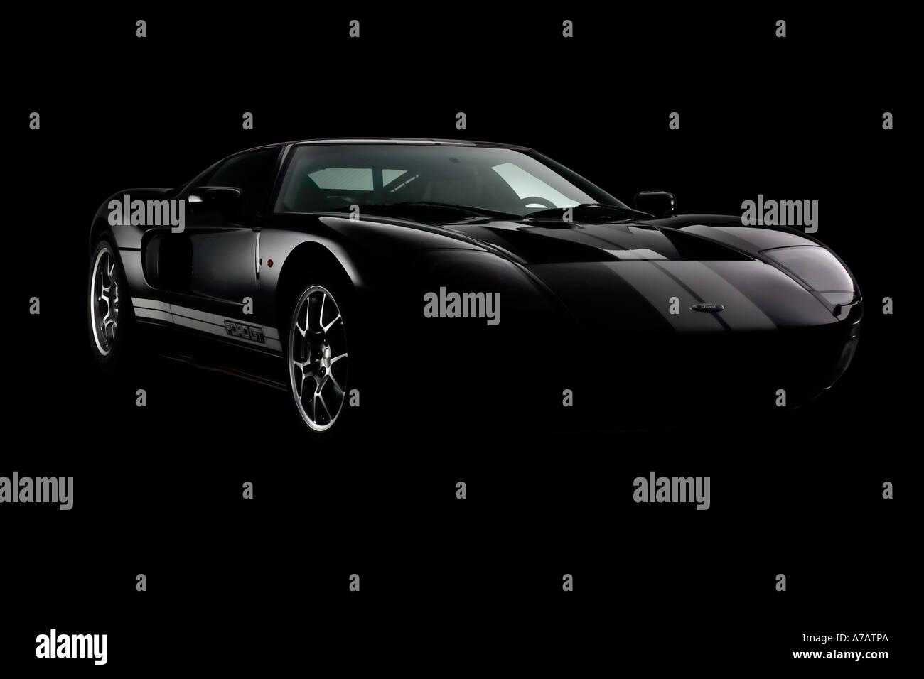 2005 Ford GT en noir avec des rayures d'argent - vue de trois-quarts avant Banque D'Images