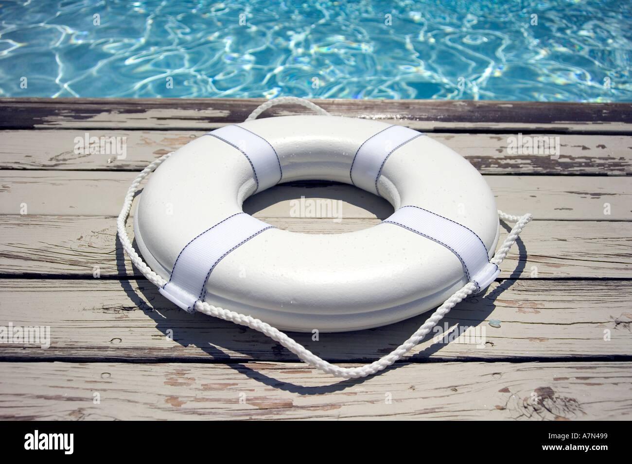 Sauvetage sur plage de piscine gilet Photo Stock