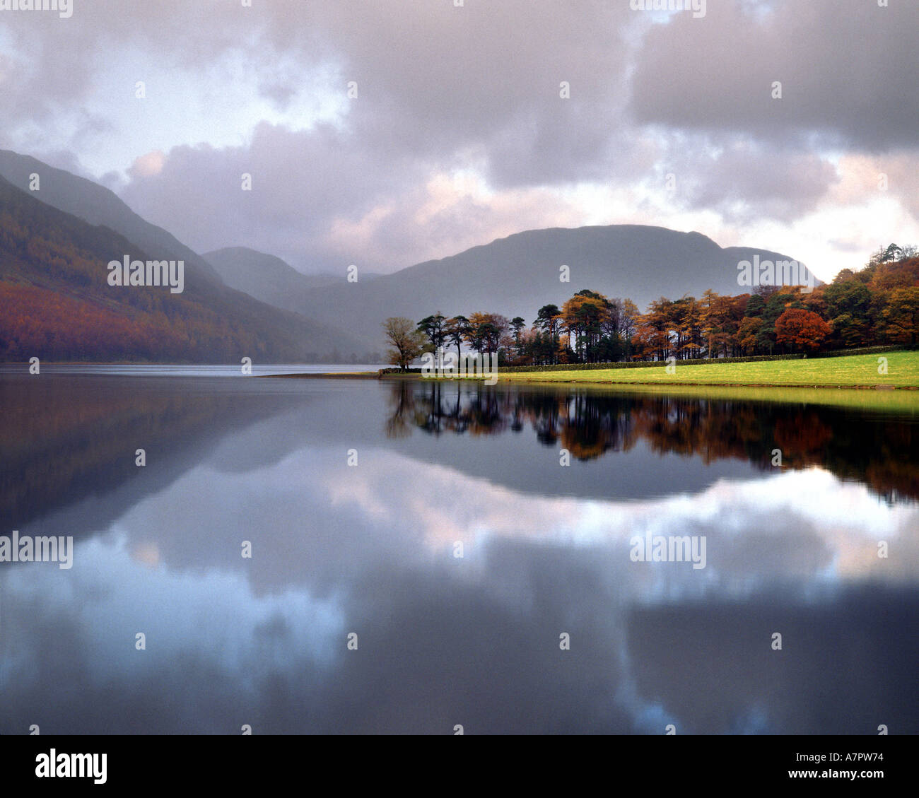 Fr - CUMBRIA : Buttermere dans le Parc National de Lake District Photo Stock