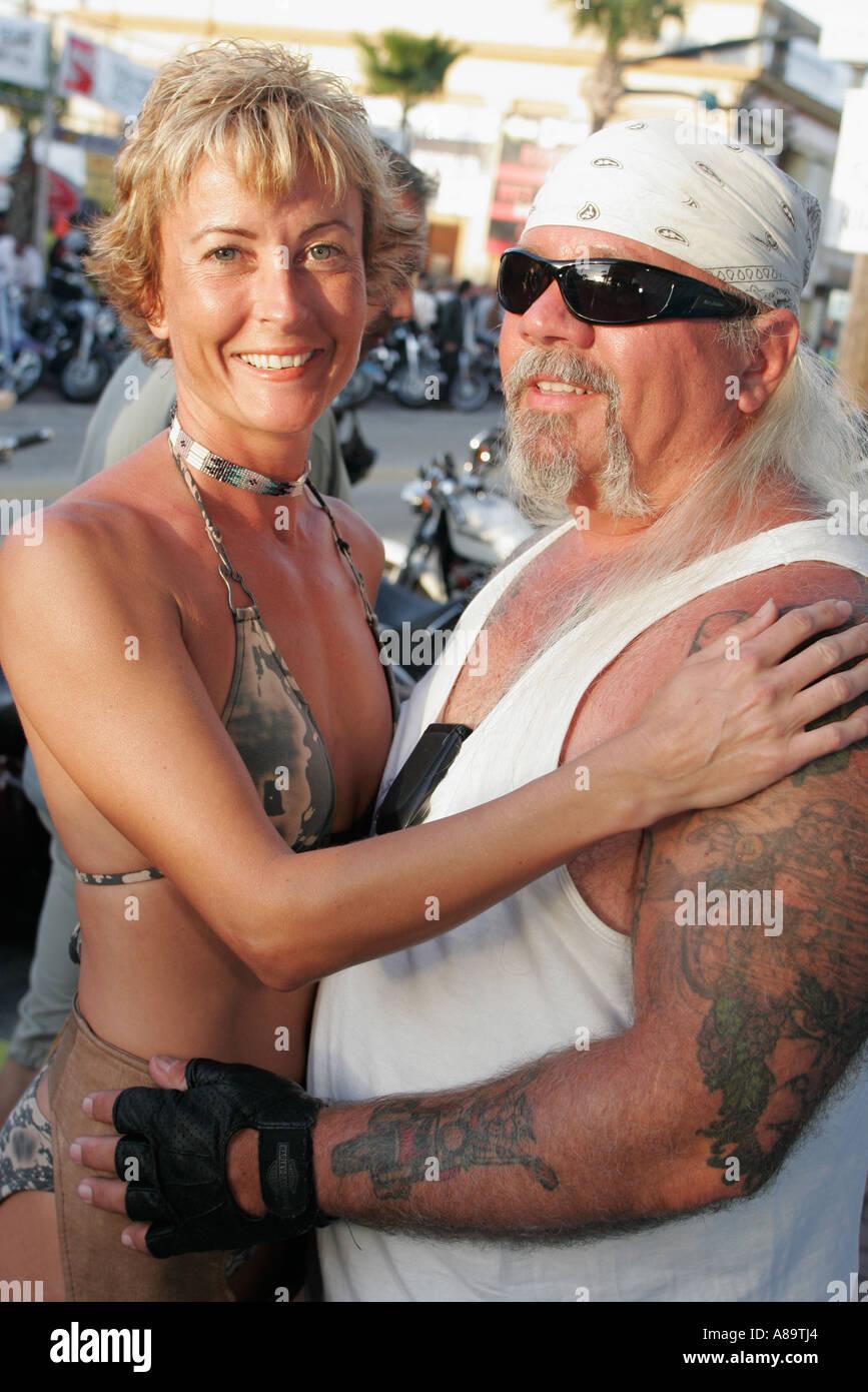 Main Daytona Femme Street Beach Florida Bike Couple Week Mature q1r1EZw7Cc