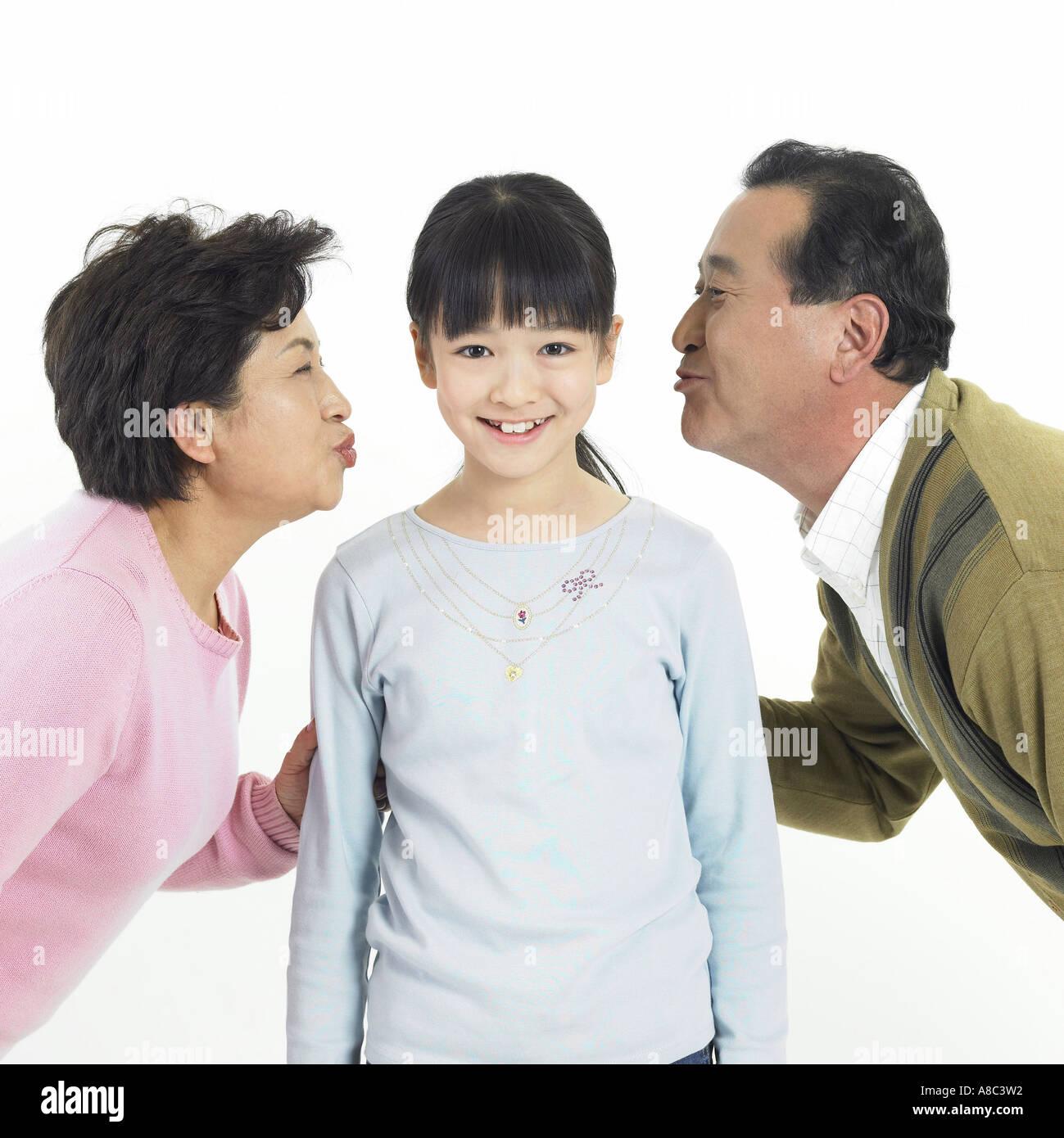 Korean Couple Kissing Photos & Korean Couple Kissing ...