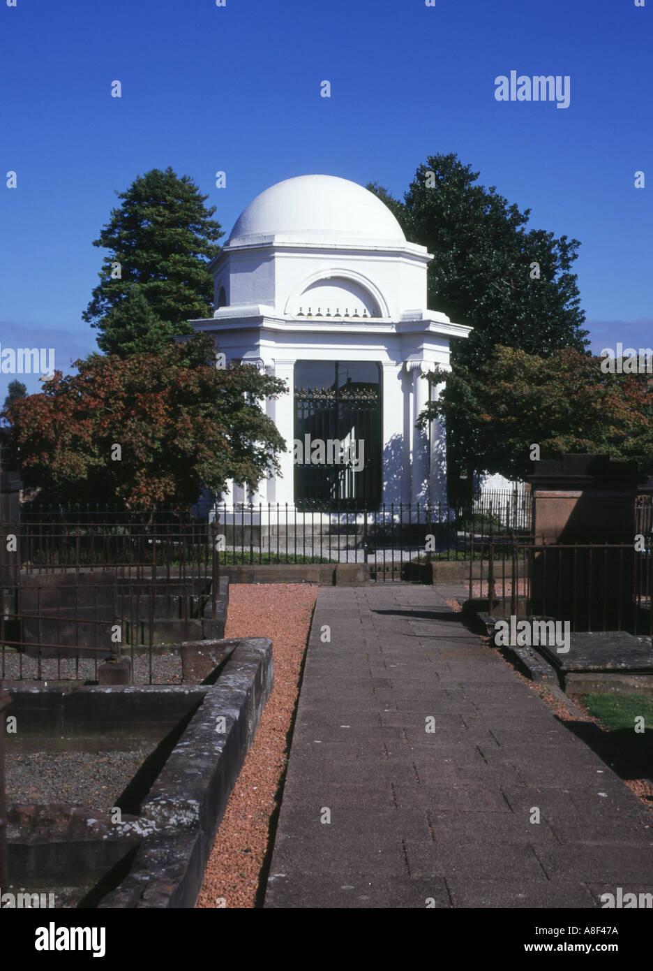 Dh St Michaels et l'église DUMFRIES GALLOWAY Poètes Robert Burns mausolée néoclassique cimetière cimetière Banque D'Images