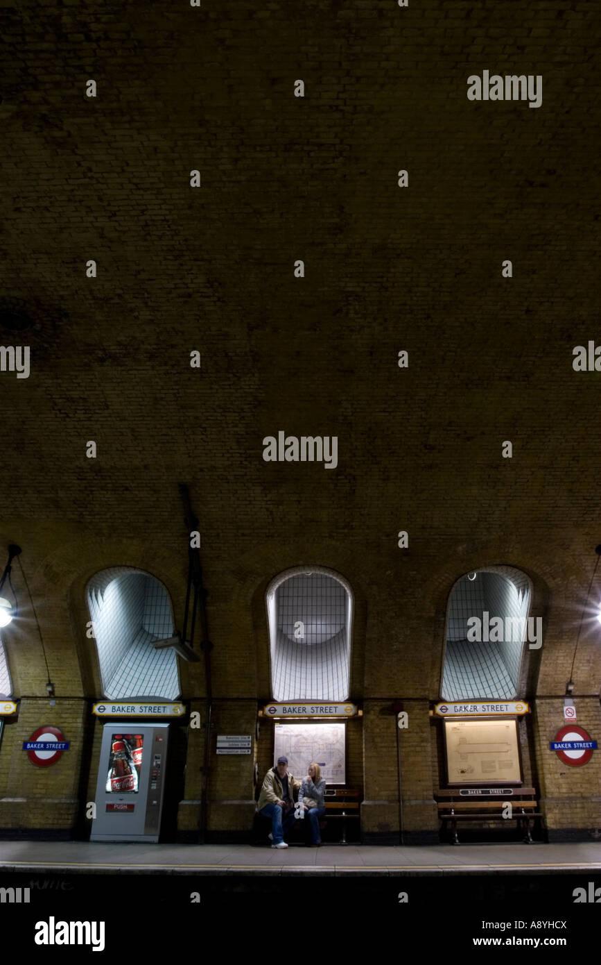 London Tube Platform Baker Street Photos London Tube Platform