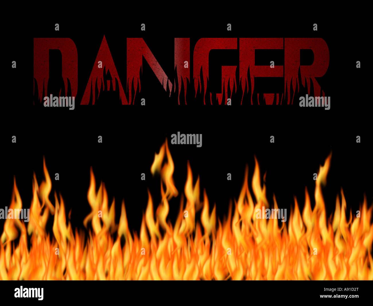 Le terme danger écrit en texte de la flamme avec un fond noir et les flammes en bas Photo Stock