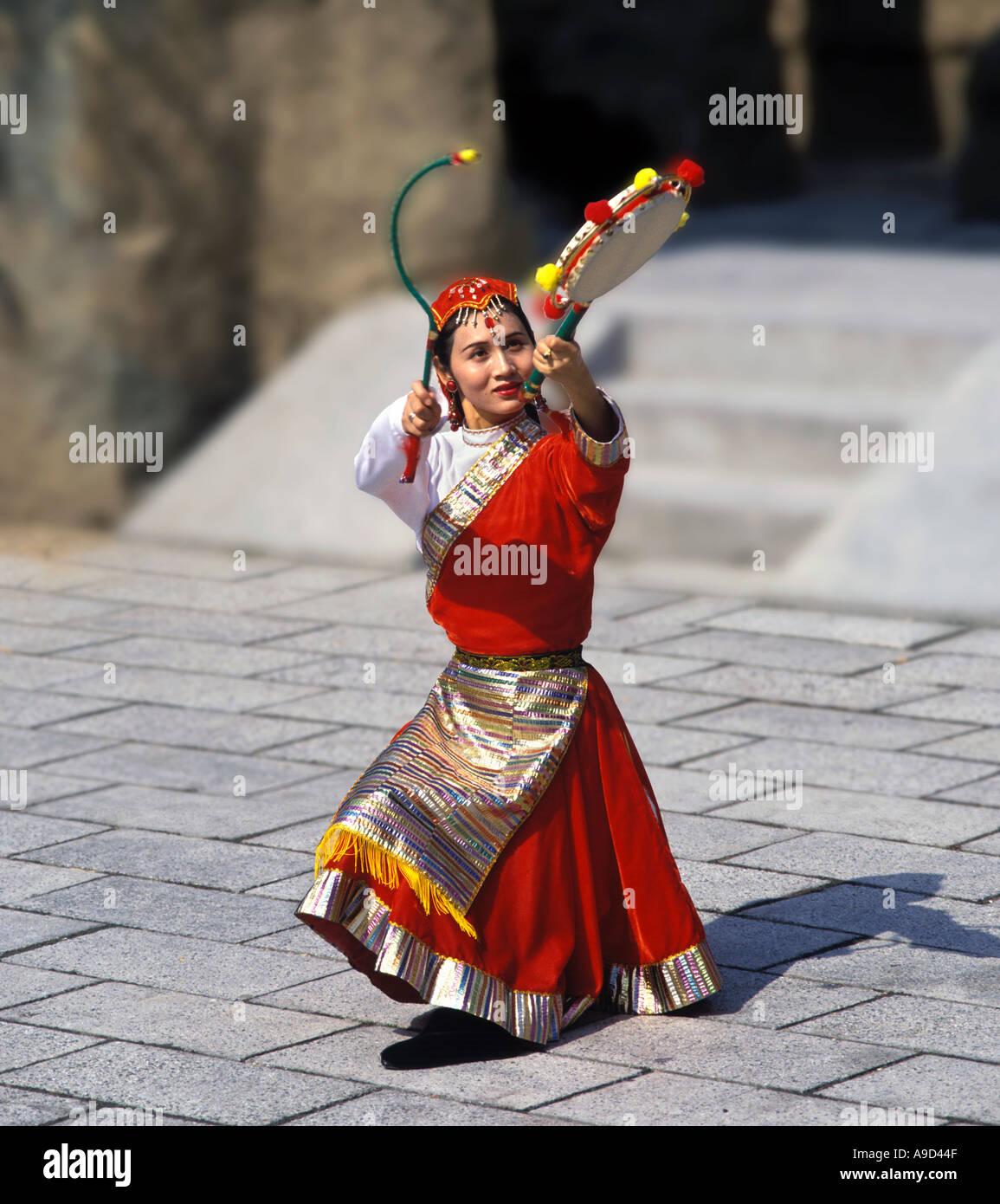 Danseuse chinoise dans la région du Moyen Empire, Ocean Park, Hong Kong Photo Stock