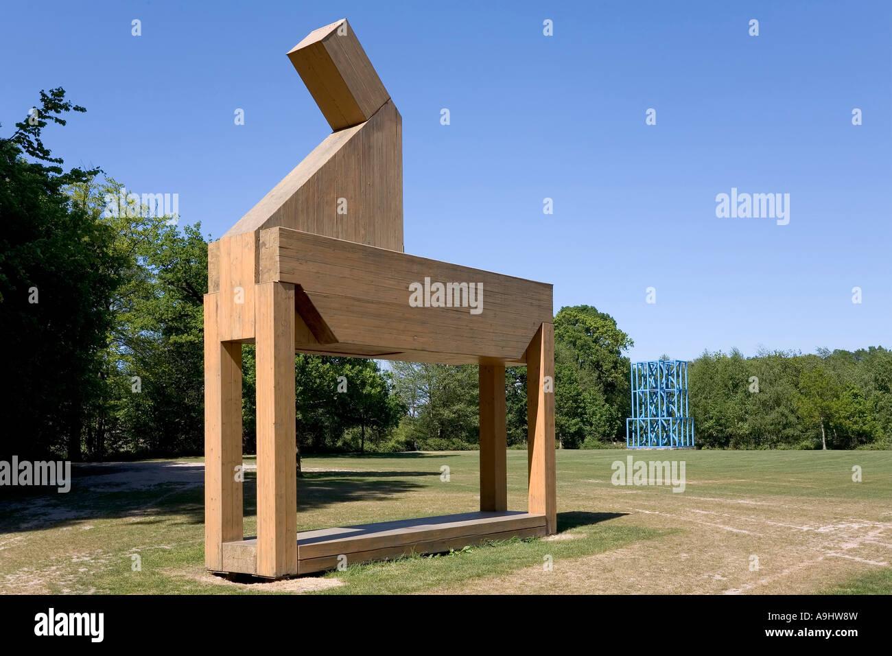 Cheval de bois, objet d'art, sculpture park château moyland, bedburg hau, Kleve, NRW, Allemagne Photo Stock