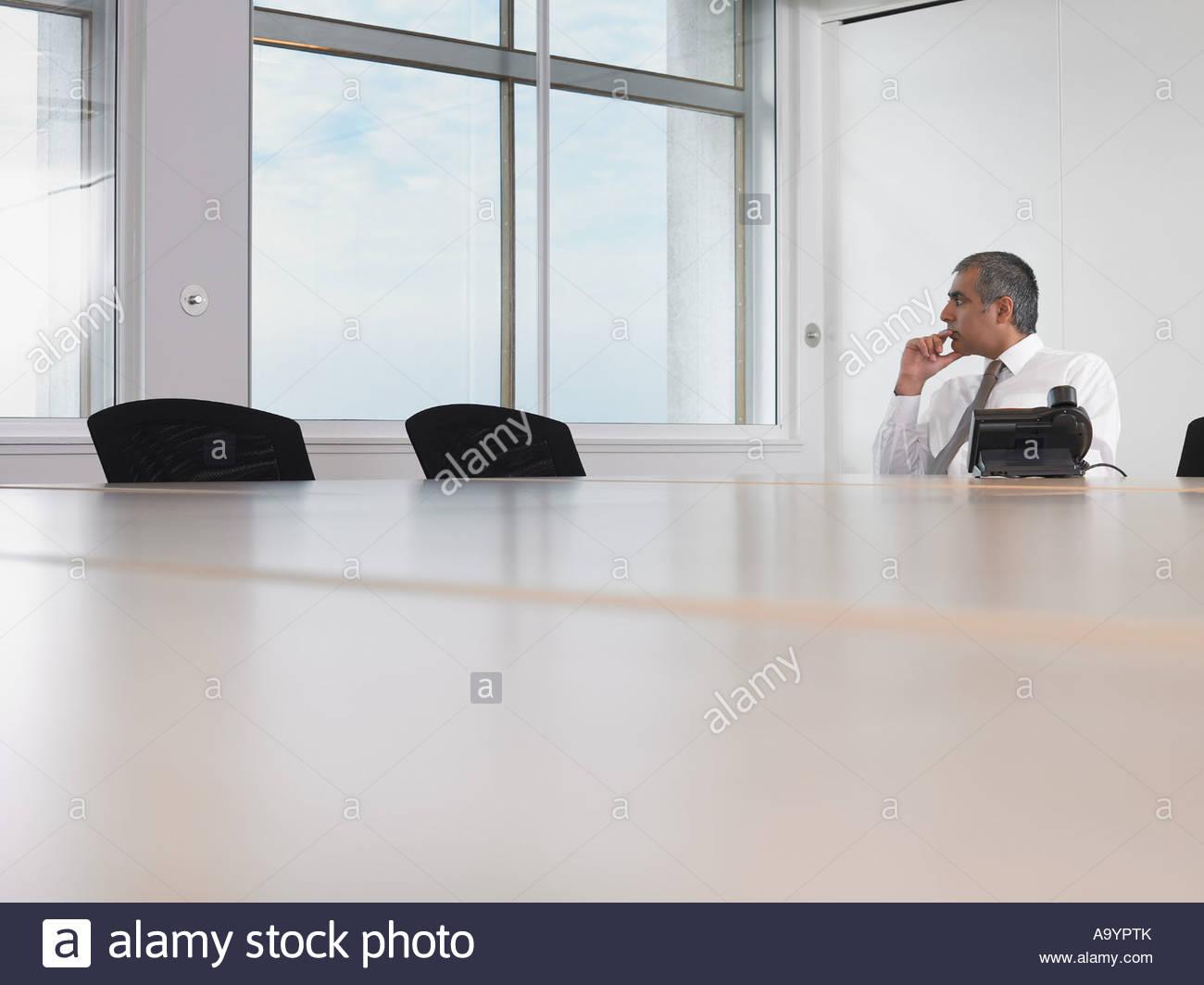 Businessman thinking Banque D'Images