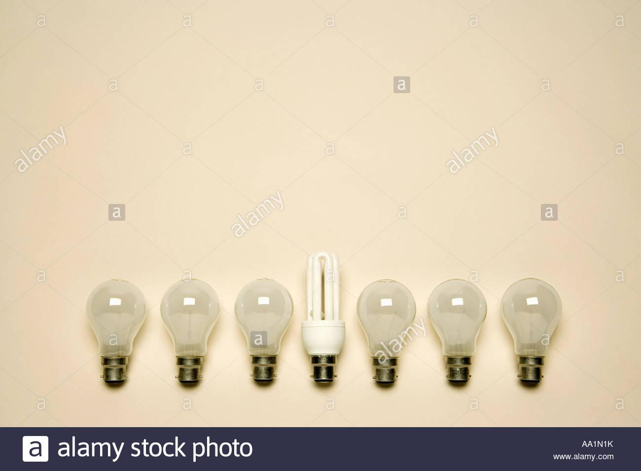 Ampoules dans une rangée Photo Stock