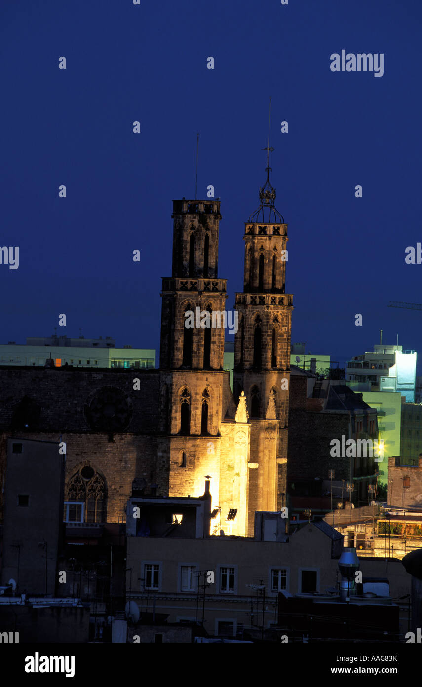 Eglise de Santa Maria del Mar la nuit la vieille ville Ribeira ESPAGNE Catalogne Barcelone Banque D'Images