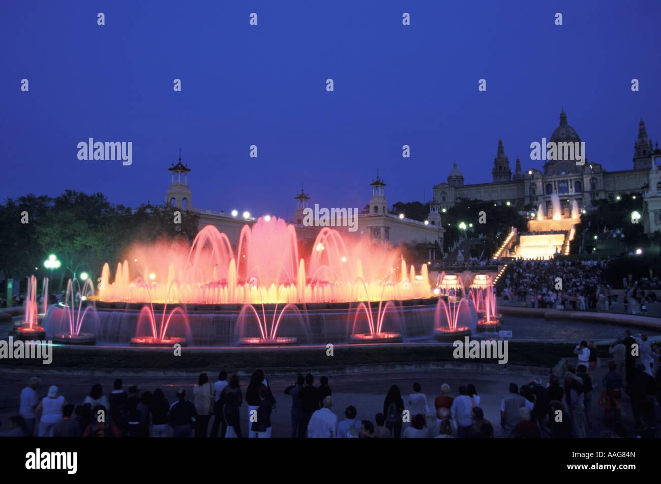 Font Magica et Palau Nacional Montjuic Barcelone Catalogne Espagne Banque D'Images