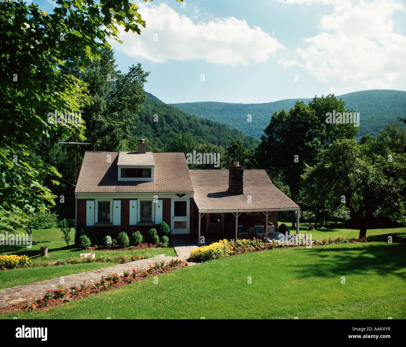 Une maison SUR LE MT. Faites glisser ROAD, AU COEUR DES MONTS CATSKILLS OLIVEREA NEW YORK Photo Stock