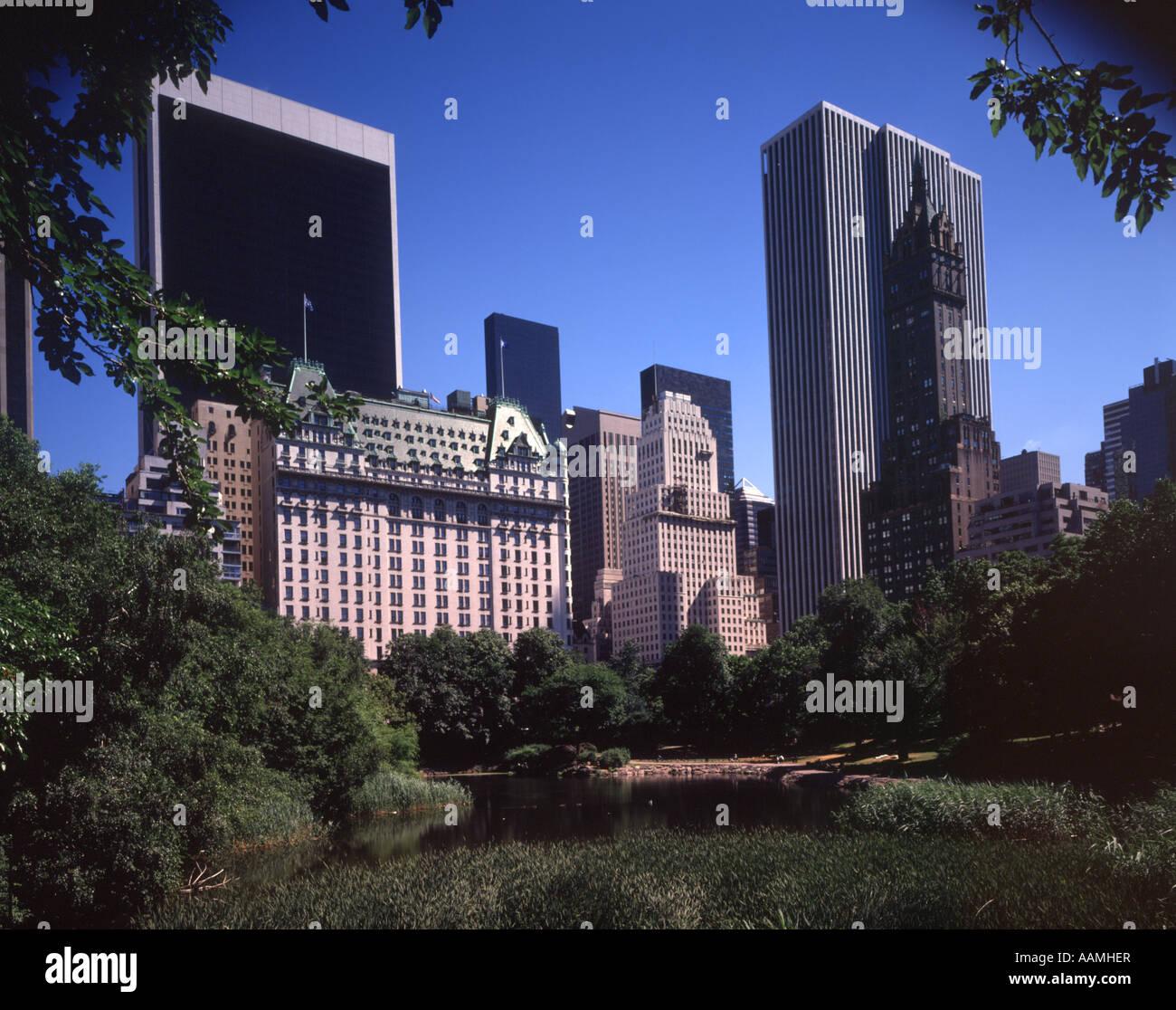 CENTRAL PARK SOUTH ET DE LA CINQUIÈME AVENUE SKYLINE NEW YORK CITY NY Photo Stock