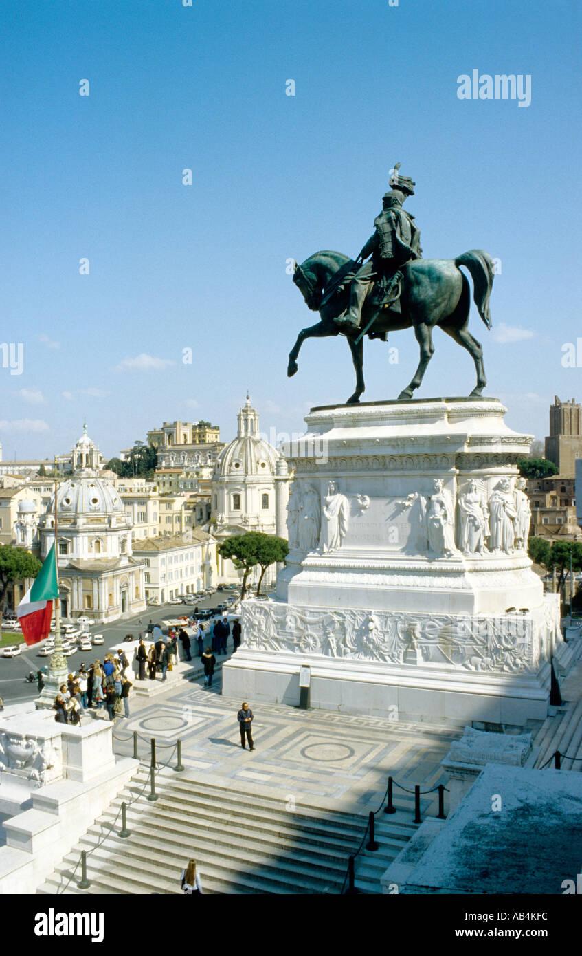 Italie Rome Le monument Victor Emmanuel aka Monument, un monument au roi Victor Emmanuel II de Savoie sur la Piazza Venezia. Photo Stock