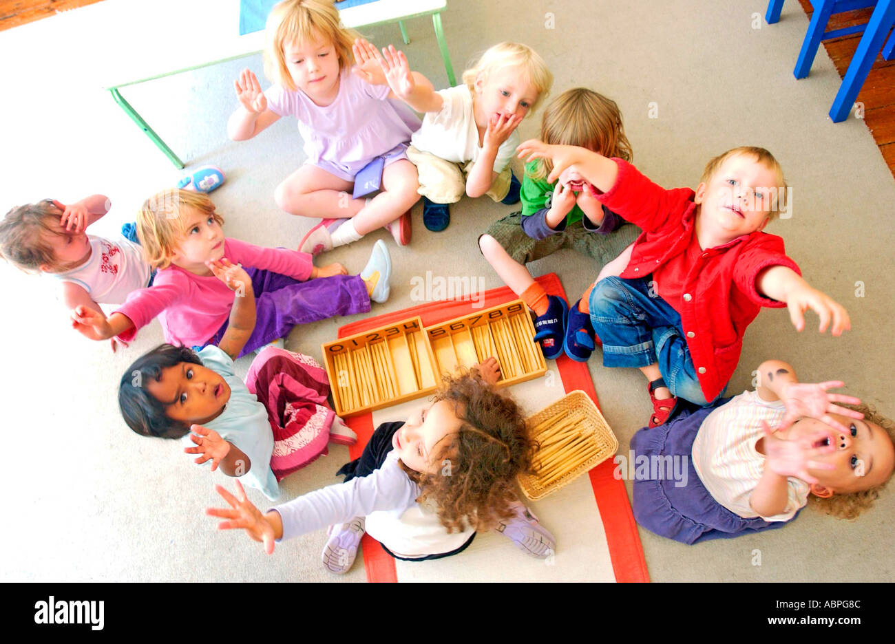 L'école Maternelle Montessori Kids Banque D'Images