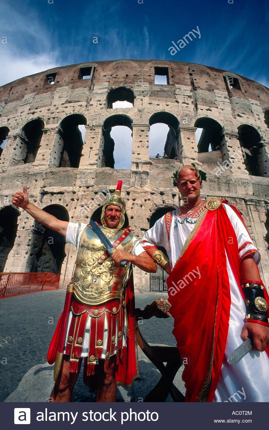 Les gladiateurs Romains Colisée Rome Italie Photo Stock