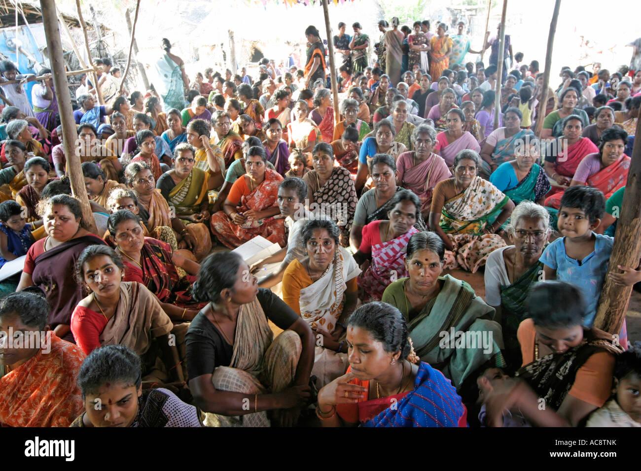 Femelle à la recherche de rencontres à Chennai