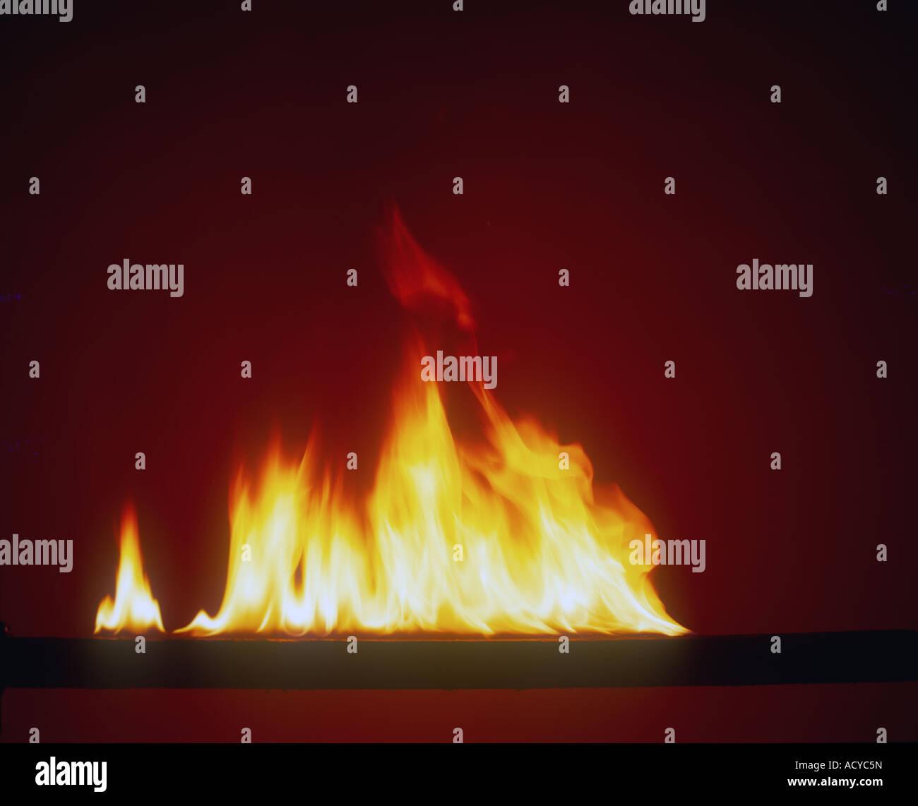Les flammes d'un incendie Photo Stock