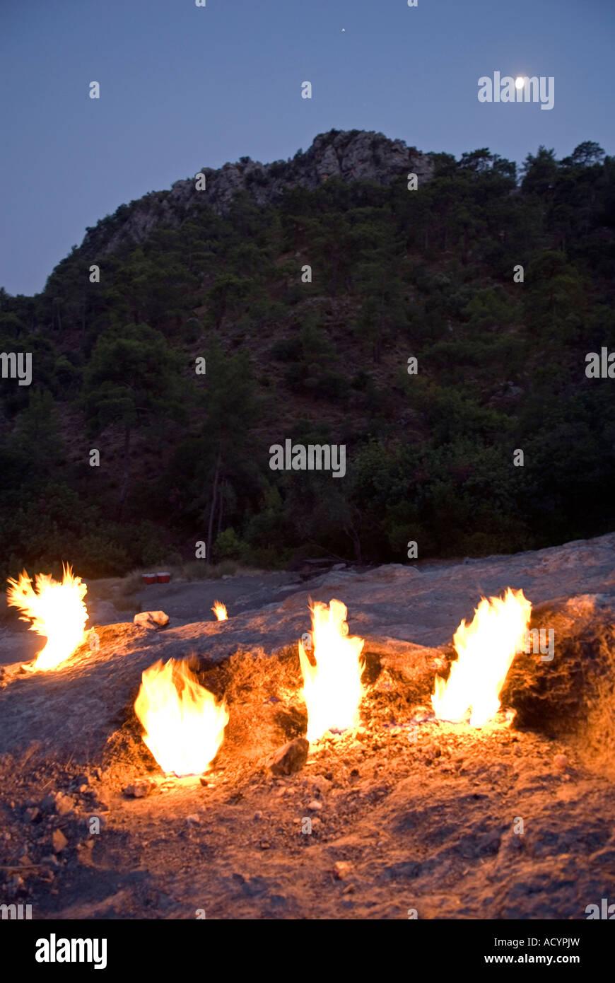 Ethernal flammes de chimère d'Olympos, Cirali la Turquie. Photo Stock