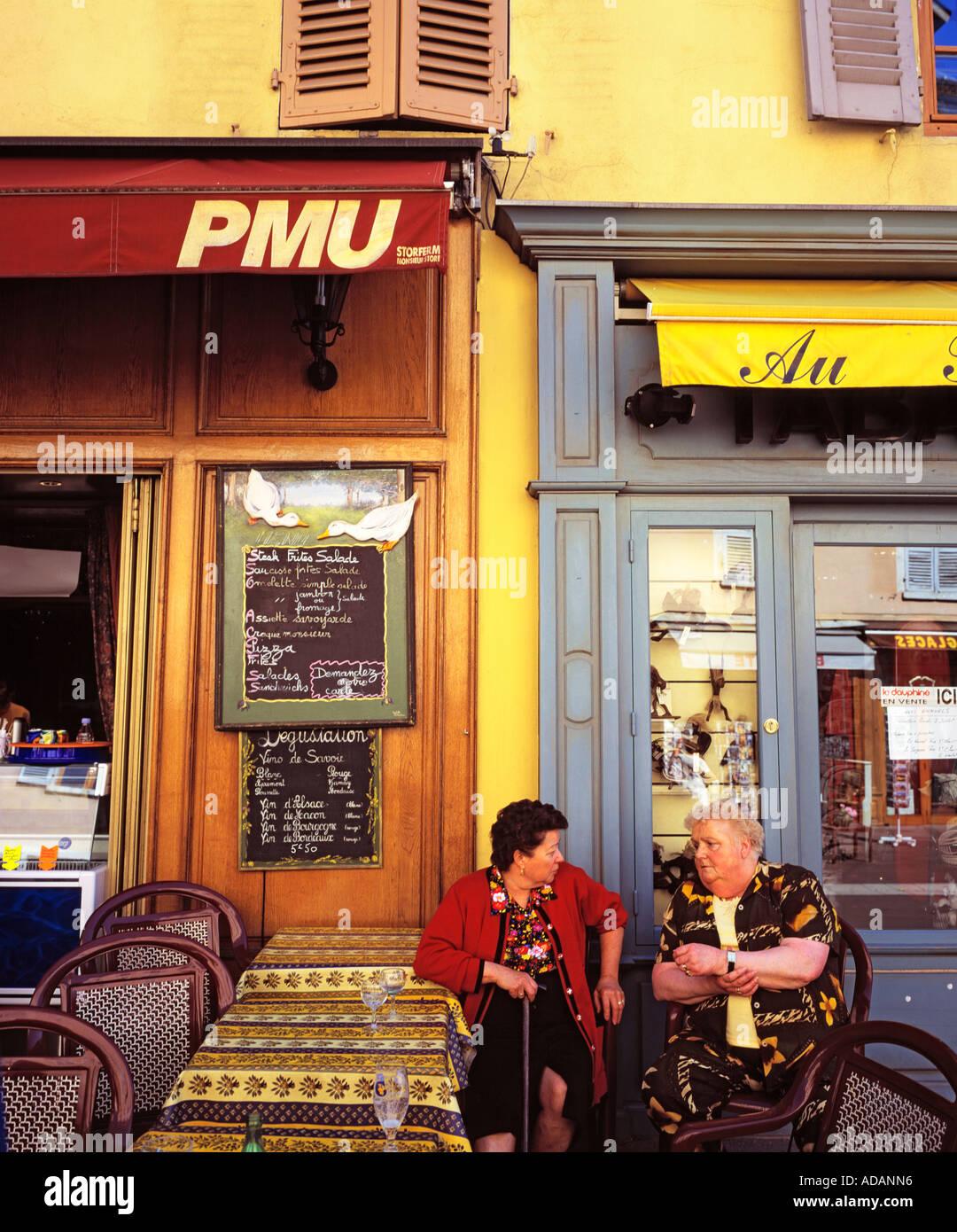Scène de vie CAFE FRANCE RHONE ALPES ANNECY Banque D\'Images, Photo ...