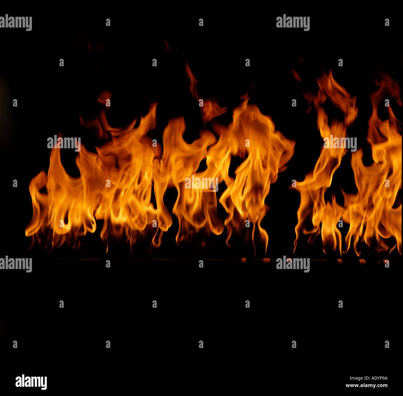 Flammes sur fond noir convient pour comping Photo Stock