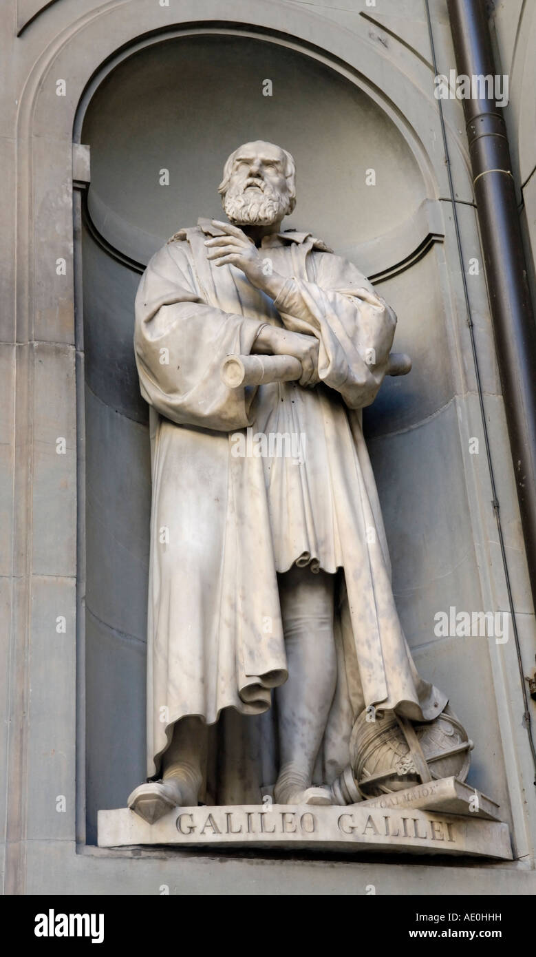 Statue sculpture Galileo, Galerie des Offices, Florence extérieur Photo Stock