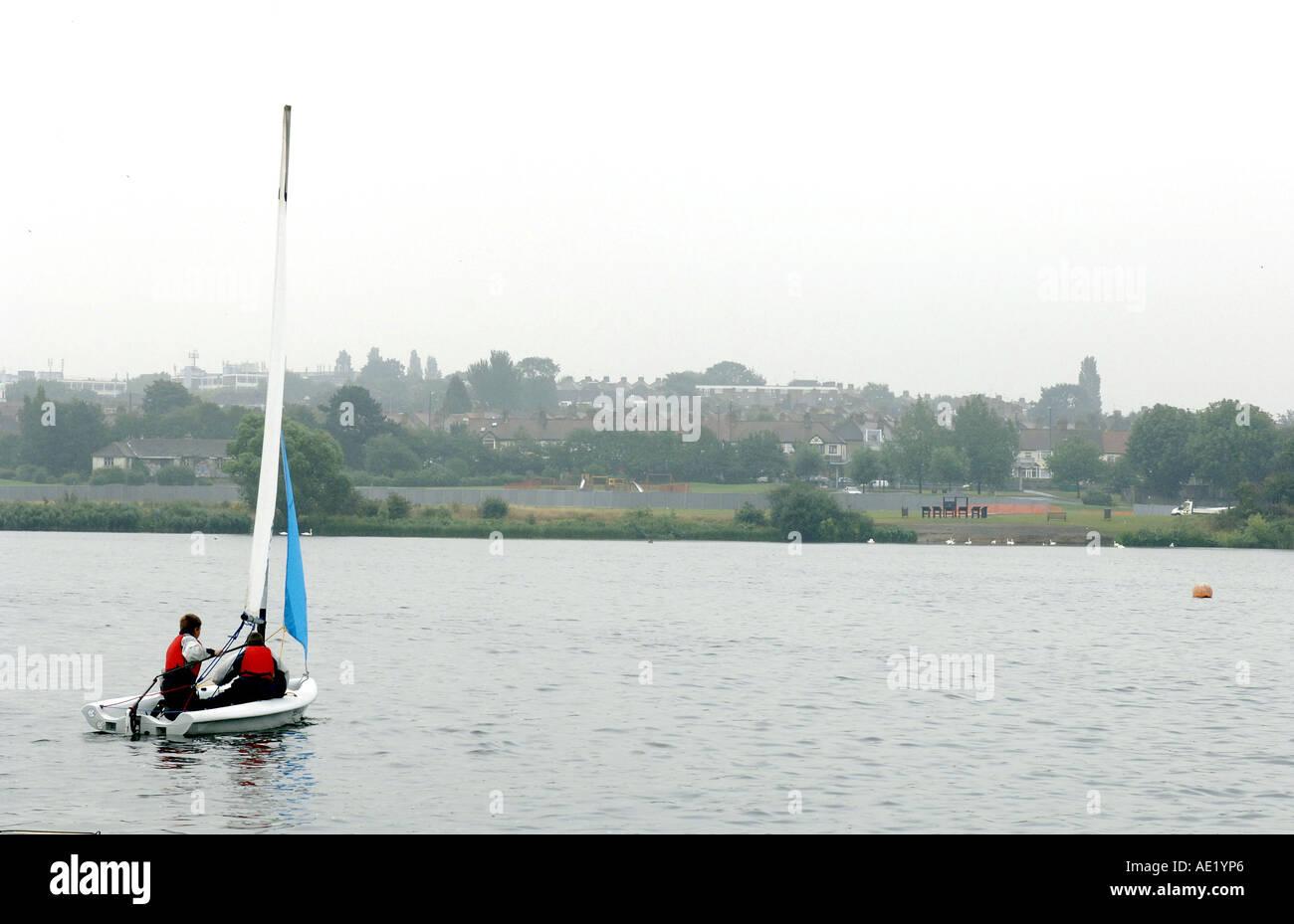 Les Cadets de la sur l'eau à l'Association de voile de l'Harpe galloise Londres Photos prises 28 Juillet 2005 Photo Stock