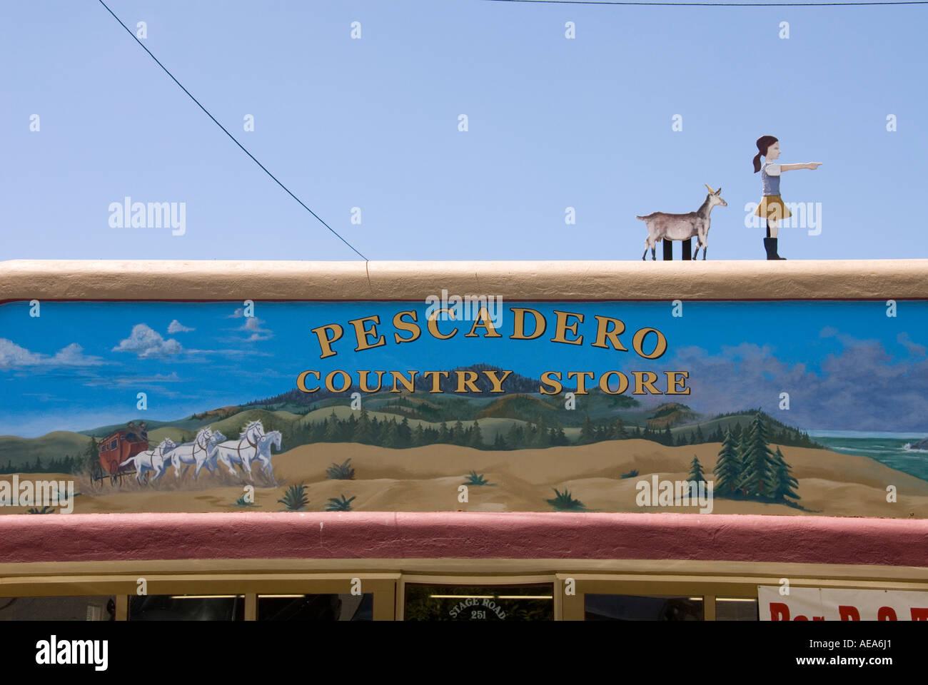 Avant de Pescadero Country Store à Pescadero San Mateo Côte de la Californie au sud de San Francisco Banque D'Images