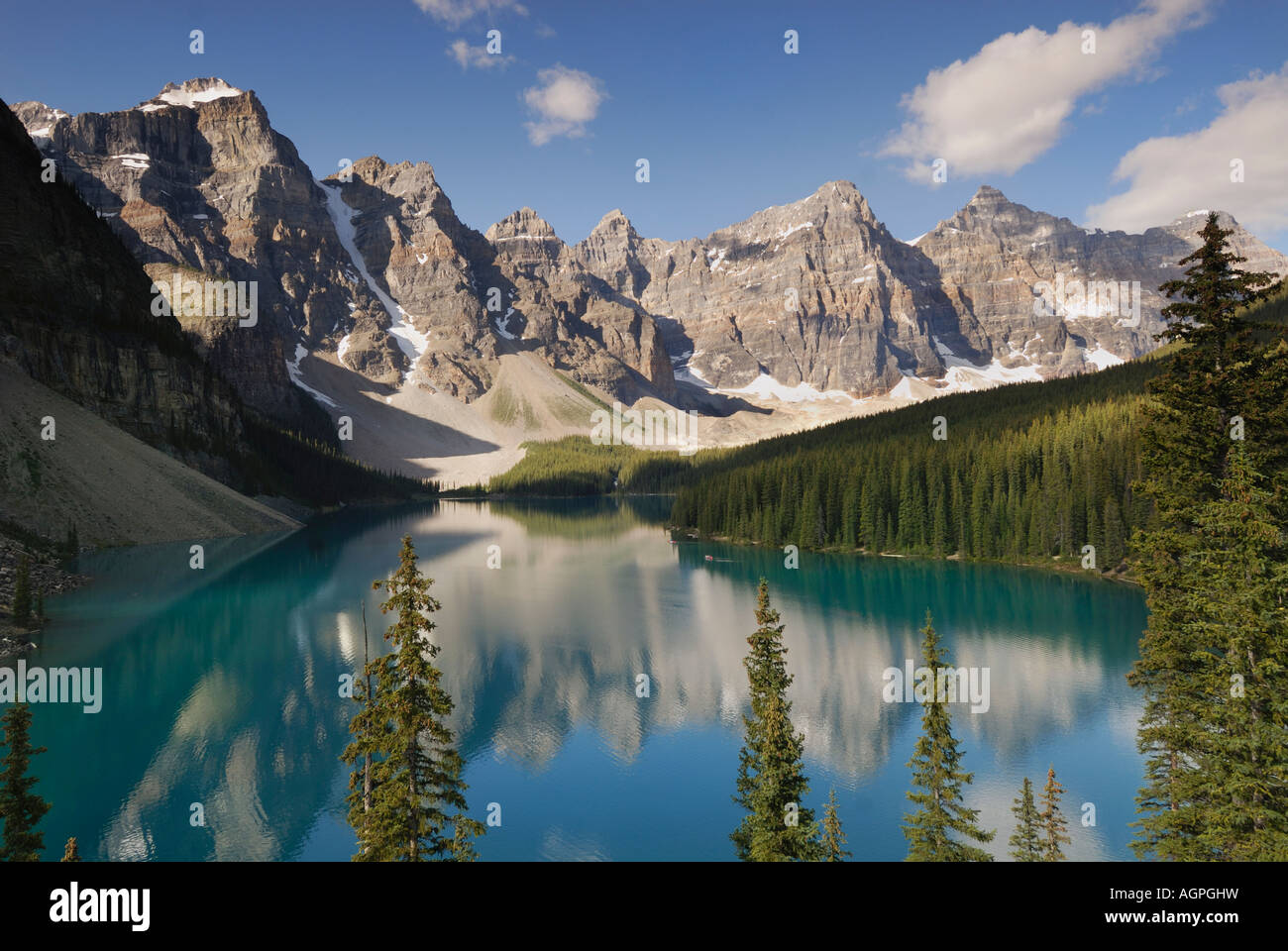 Vue sur le lac Moraine au parc national Banff en Alberta Canada Photo Stock