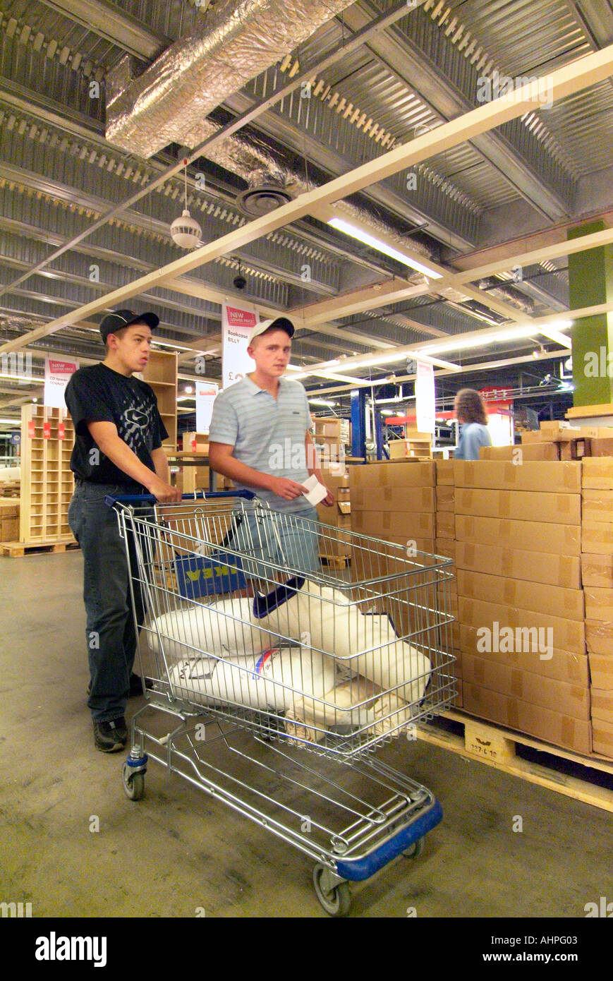Entrepôt Ikea Supercenter retail magasin de bricolage UK Angleterre Europe Go Grande-bretagne Union Européenne UE Photo Stock