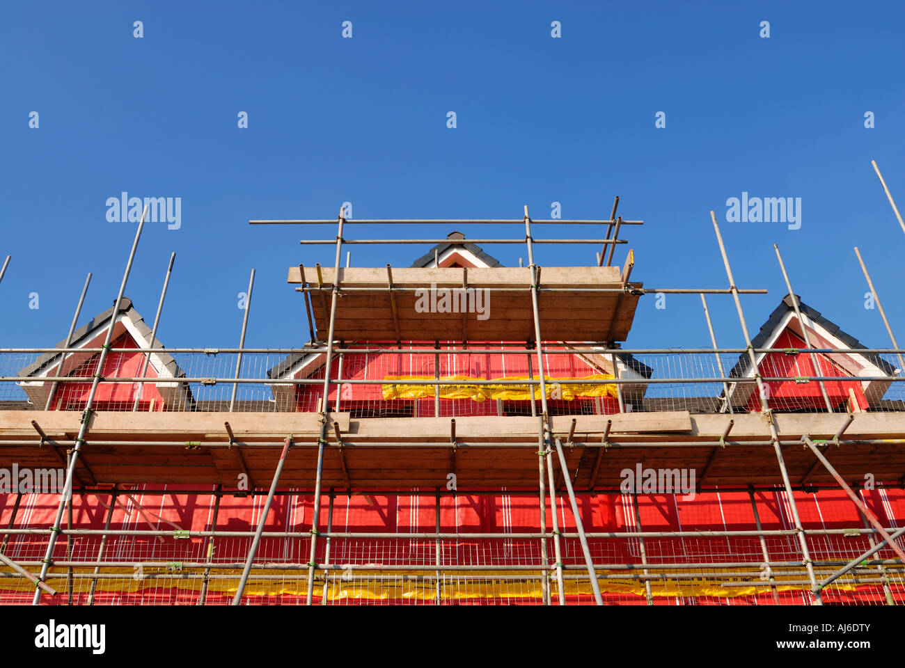 De nouveaux immeubles résidentiels de l'environnement montrant l'empreinte rose matériau isolant utilisé pour laBanque D'Images