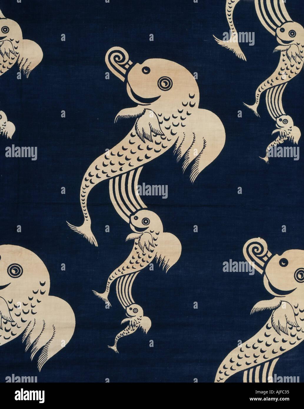 Détail de la configuration dolphin le tissu des rideaux dans la salle de bains à Anglesey Abbey Cambridgeshire Photo Stock