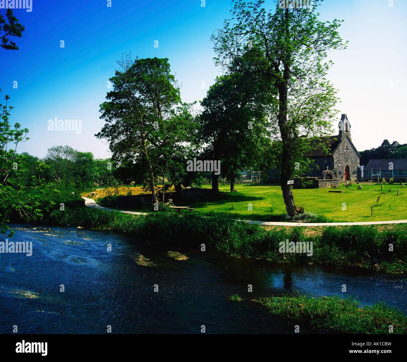 Naissance de Patrick Kavanagh, la rivière Fane, vieille église en pierre de Saint Daig, Inishkeen, Co Monaghan, Irlande Banque D'Images