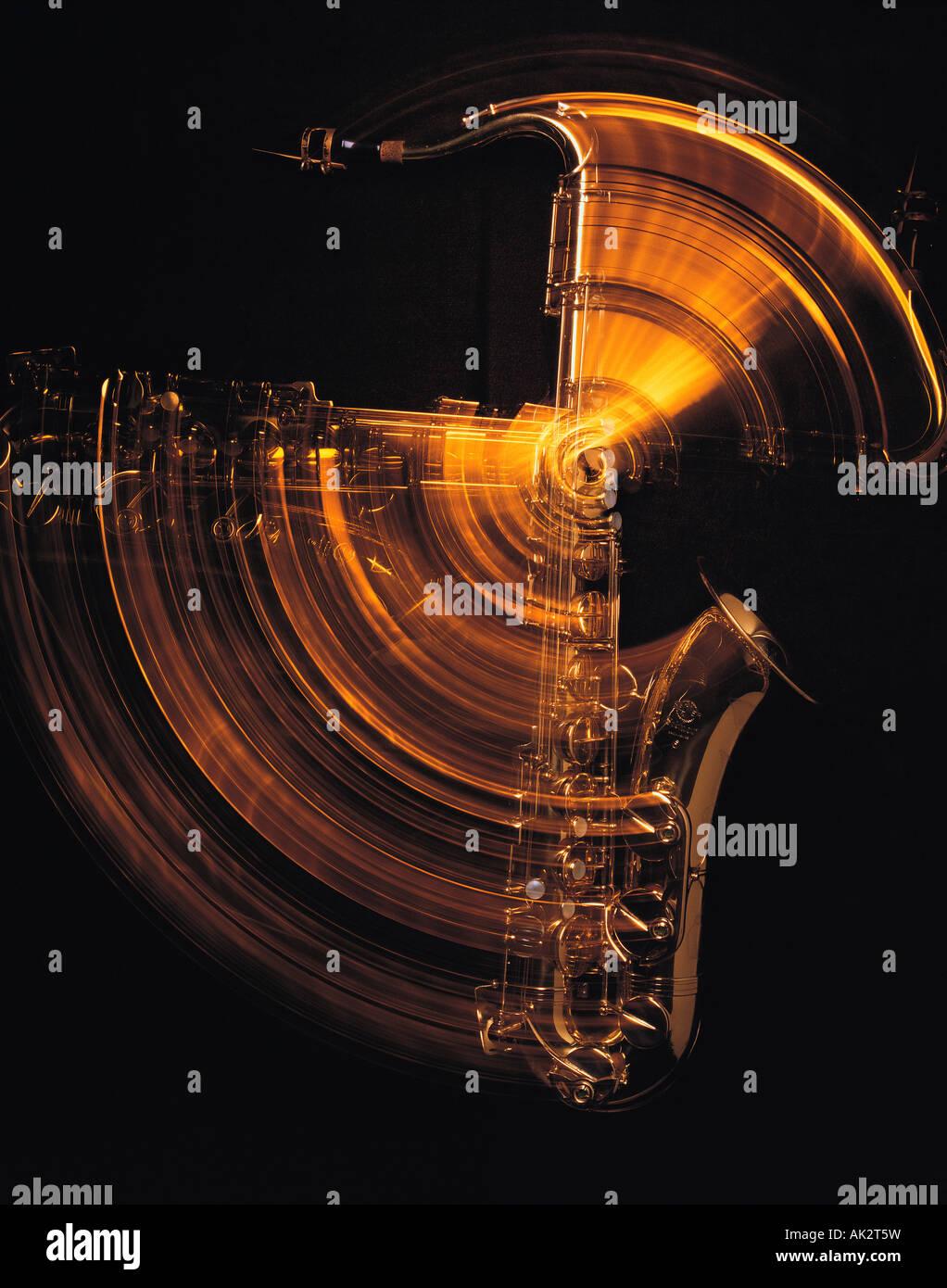 La vie encore. Instrument de musique. Le saxophone. Photo Stock