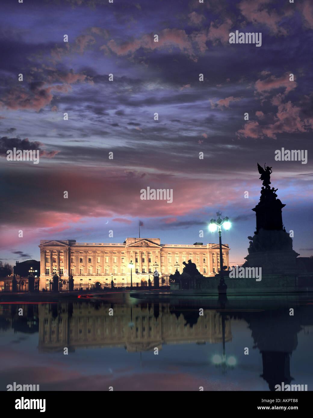Londres - GB: le palais de Buckingham par nuit Photo Stock
